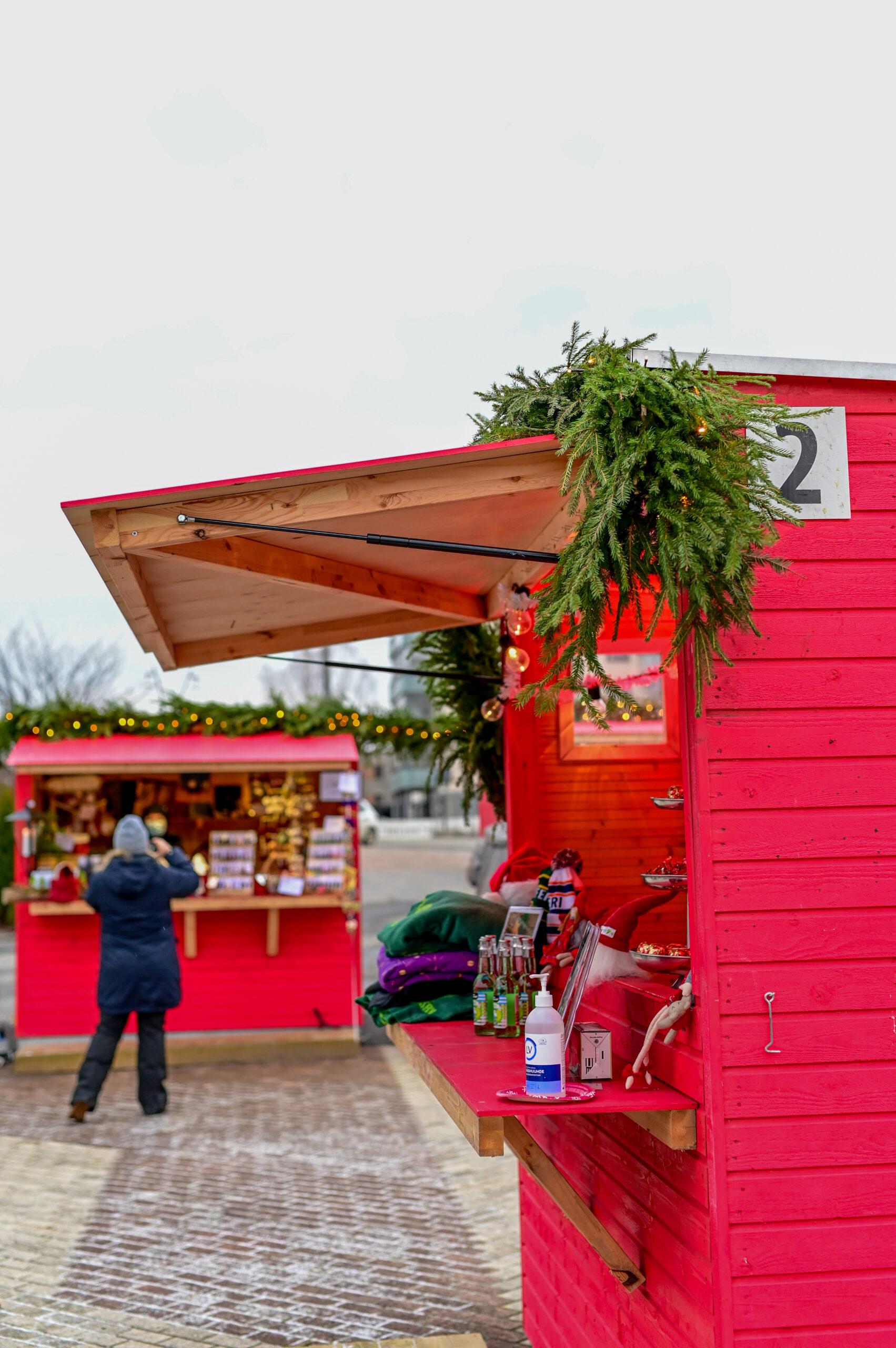 Myyntikojut Pirkkalan joulumarkkinoilla